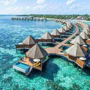 Mercure Maldives Kooddoo Resort (4*)