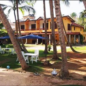 Crazy Coconut Villa (***)