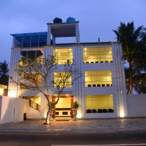 Rock Fort Beach Resort & Spa (3*)