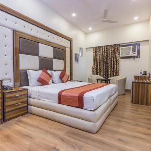 Rupam Hotel (3*)