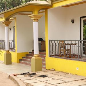 Lavish Exotic Hotel (2 *)