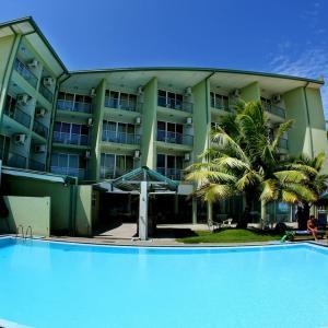 Hikkaduwa Beach Hotel (3*)