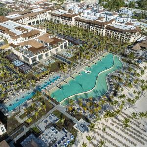 Lopesan Costa Bavaro Resort, Spa & Casino (5 *)