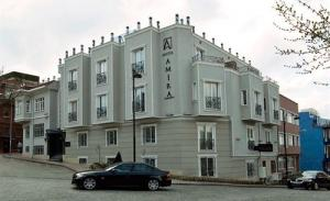 отель Amira