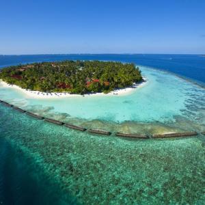 Kurumba Maldives (5*)
