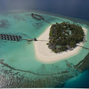 Angaga Island (4*)