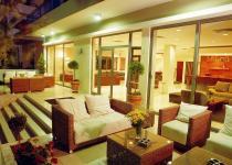 Фотография отеля Hotel Angela Suites & Lobby