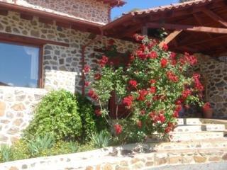 Отель Loggas Guest House Греция, Кастория
