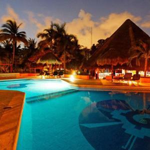 Mahekal Beach Resort (4*)