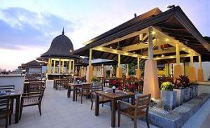 отель Aonang Cliff Beach Resort