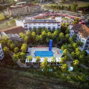 Nergos Garden Hotel (4 ****)