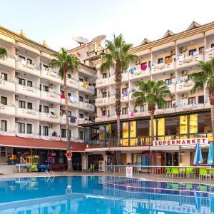 Pineta Club Hotel (4 *)