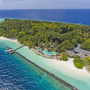 Royal Island Resort & Spa (5 *****)