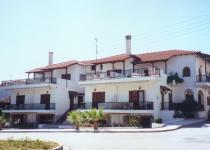 Фотография отеля Tzogalis Apartments