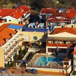 4 Epoxes Hotel Spa (3*)