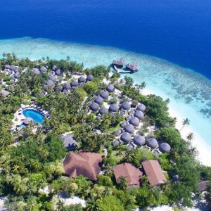 Bandos Maldives (3+*)