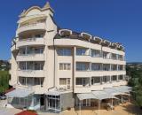 Aurora Hotel & Villa