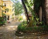 Chablis Hotel