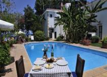 Фотография отеля Bay View Apartments & Villas