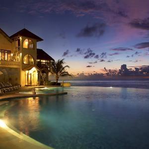 Blue Point Bay Villas & Spa (****)