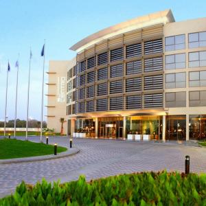Centro Sharjah (3 *)
