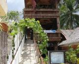 Genesis Divers & Hayahay Resort