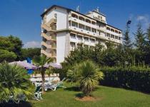 Фотография отеля Aris Garden Hotel