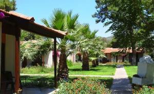 отель Denizati Holiday Village