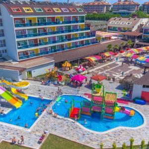 Blue Paradise Side Hotel (4 *)
