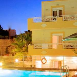 Sunrise Hotel Studios Apartments (3 *)