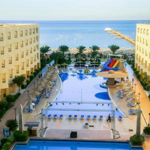 AMC Royal Hotel (5*)
