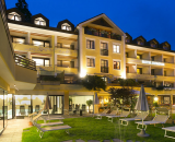 Alpine-City-Wellness Hotel Dominik