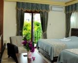 Riverside Premium Hotel