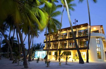 Kaani Beach Hotel 3*
