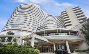 отель Conrad