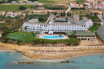 Отель Corallia Beach Hotel Apartments Кипр, Пафос