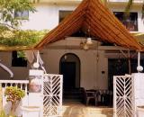 Majhi Hotel